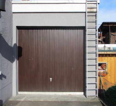 garagentor modernisieren neues garagentor. Black Bedroom Furniture Sets. Home Design Ideas